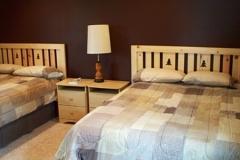 Cabin 4's comfortable double queen bedroom
