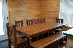 Cabin_7_table
